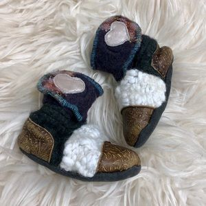 🌟2/$20🌟Nooks Design toddler girls booties